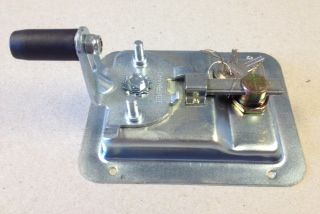 LATCH, T HANDLE W/LOCK CYLINDER